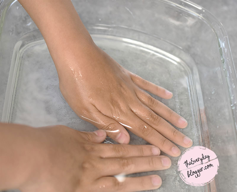 Reduce Wrinkles on Hands and Fingers